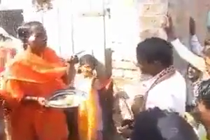 Very Funny Punjabi Video on Naka Saliyan da  during wedding