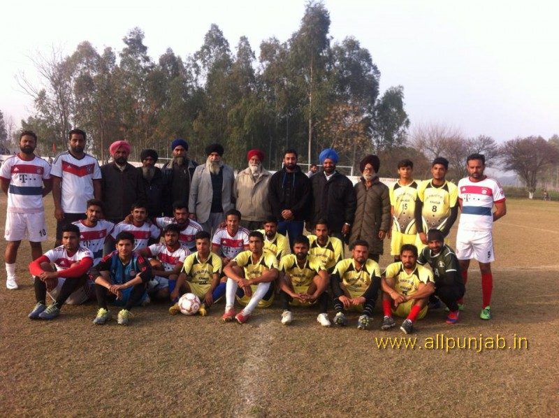 Sant Baba Mangal Singh ji football tournament Paldi Today played 2 semi final