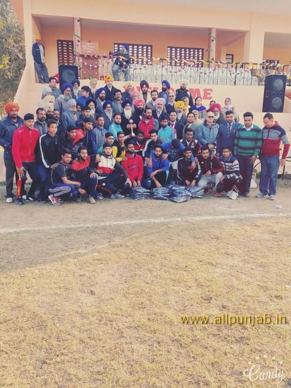 S.Nagina Singh Memorial Football Tournament Paldi. Today final match Paldi School vs Baddon School