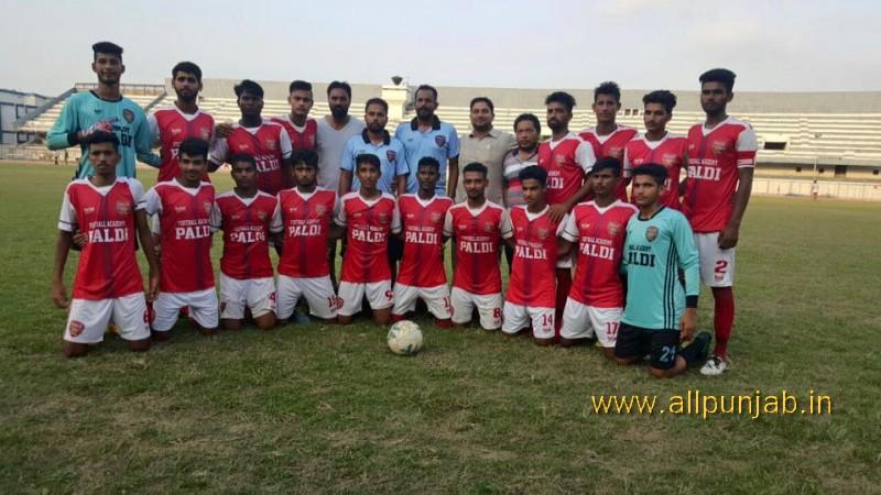 Football Team Paldi School
